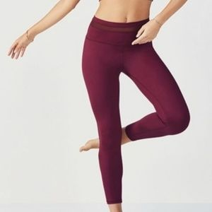 Fabletics High Waisted Mesh Powerhold Leggings XS